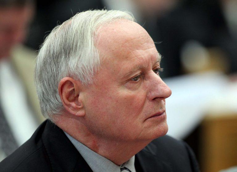 Εγκαταλείπει την έδρα του ο 'Οσκαρ Λαφοντέν | Newsit.gr