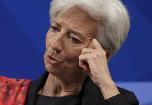 Financial Times – Η Ελλάδα κατάφερε κάτι σπάνιο: δίχασε το ΔΝΤ