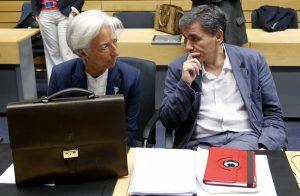 New York Times: Η Ελλάδα διχάζει το ΔΝΤ