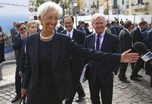 Λαγκάρντ: Απαραίτητη η ελάφρυνση του χρέους!