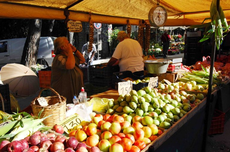 Τι αλλάζει στις λαϊκές αγορές και στους πλανόδιους   Newsit.gr