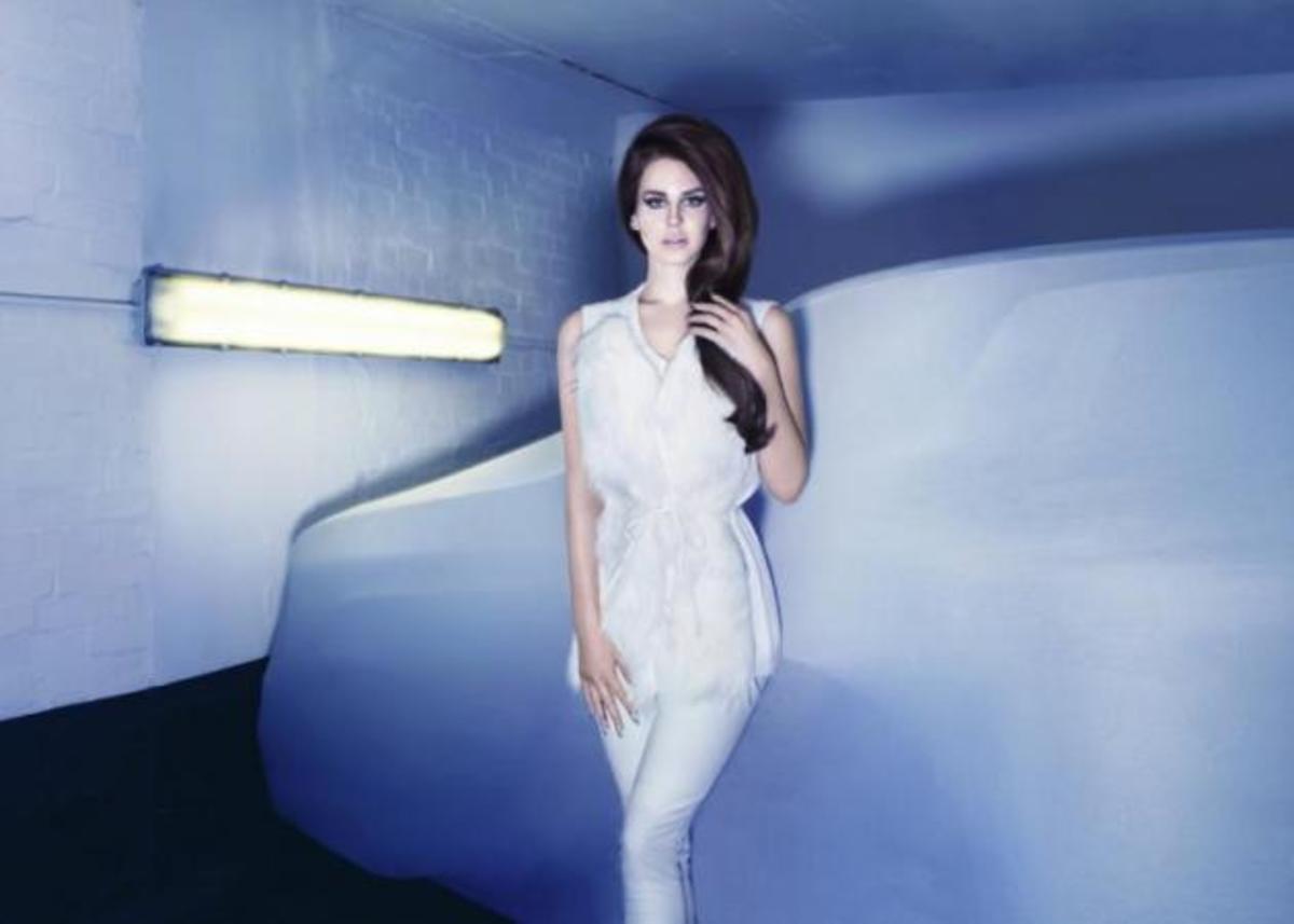 Η Lana Del Rey είναι το μοντέλο της Η&Μ φέτος το φθινόπωρο   Newsit.gr