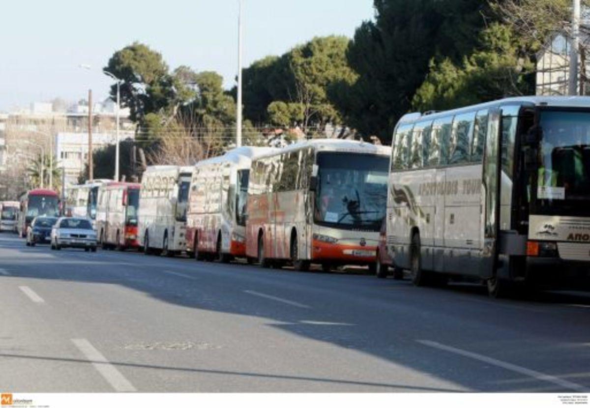 Θεσσαλονίκη: Συνεχίζεται το χάος με τις μετακινήσεις 12.000 μαθητών   Newsit.gr