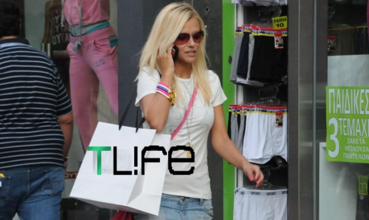 """Το TLIFE """"τσάκωσε"""" την Λάουρα Νάργες στα μαγαζιά! Tι απαντά για το τηλεοπτικό της μέλλον;   Newsit.gr"""