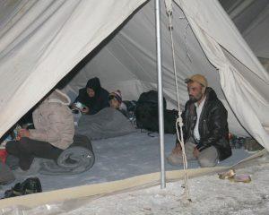 Διαμαρτύρονται και μάλιστα εγγράφως Αφγανοί μετανάστες της Λάρισας για τη μεταφορά τους στο Κουτσόχερο