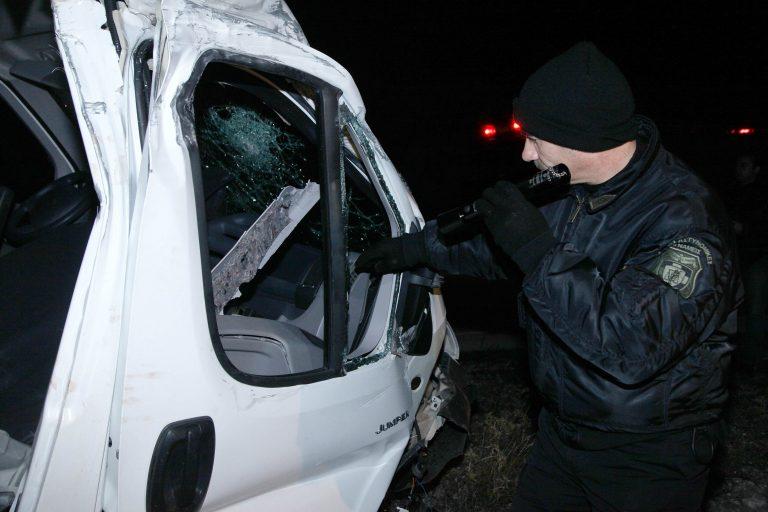 Λασίθι: Τον έβγαλαν σώο από τα συντρίμμια! | Newsit.gr