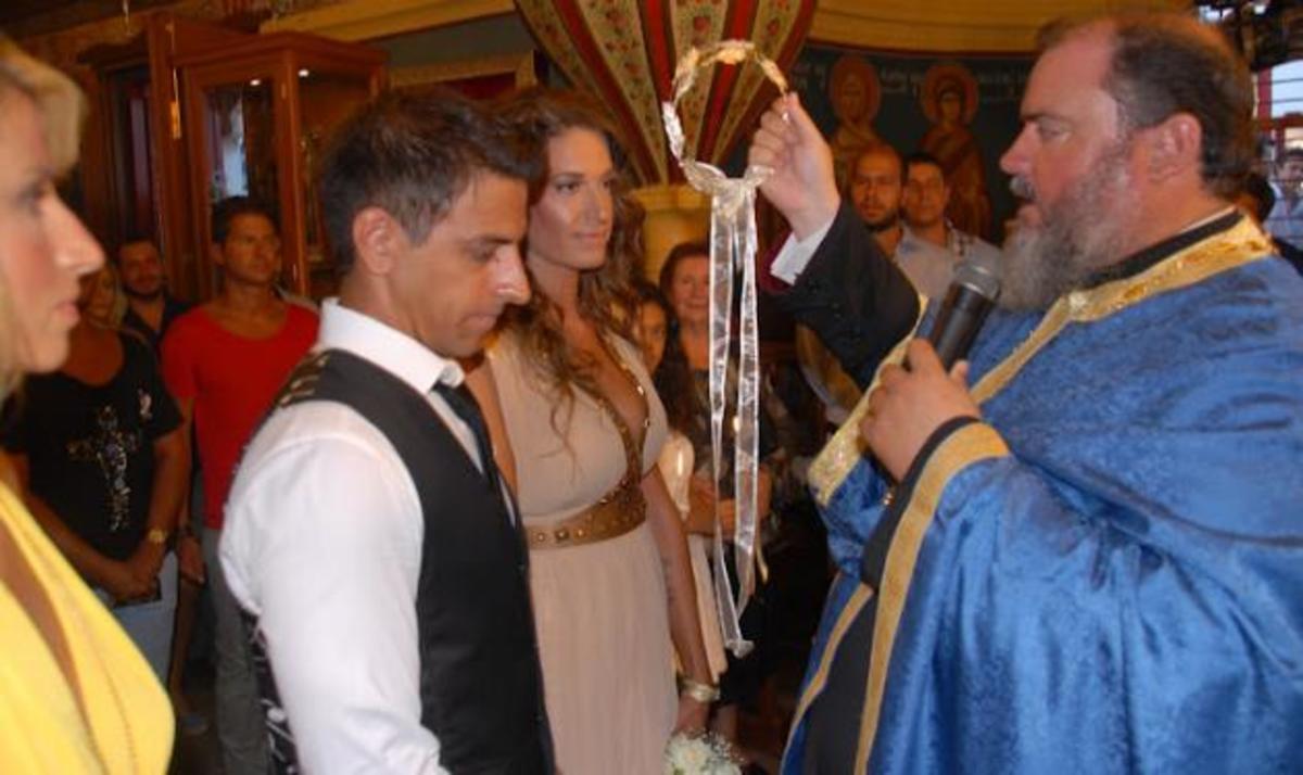 E. Λάσκαρη: Παντρεύτηκε τον αγαπημένο της στη Μύκονο! Φωτογραφίες | Newsit.gr