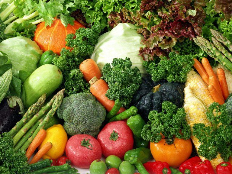 Επτά τόνοι δωρεάν λαχανικά στο λιμάνι της Θεσσαλονίκης | Newsit.gr