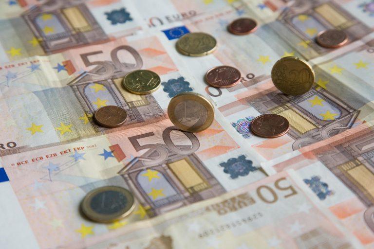 Φορο-σκούπα ακόμη και στα πολύ χαμηλά εισοδήματα – Πώς νέοι, άνεργοι και αγρότες θα «πιαστούν στα δίχτυα» της εφορίας   Newsit.gr