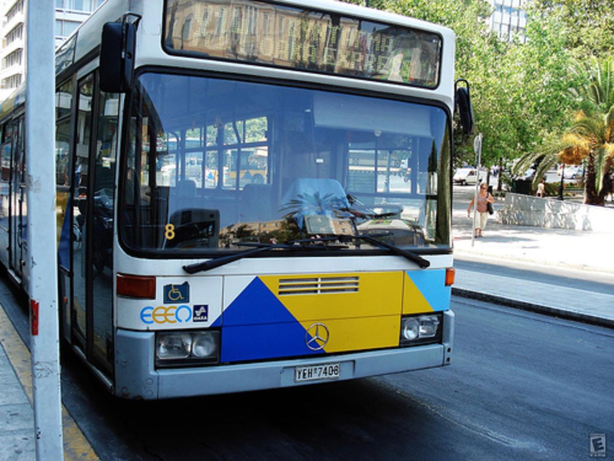 Θεσσαλονίκη: Τα έβαλαν με τα… λεωφορεία!   Newsit.gr