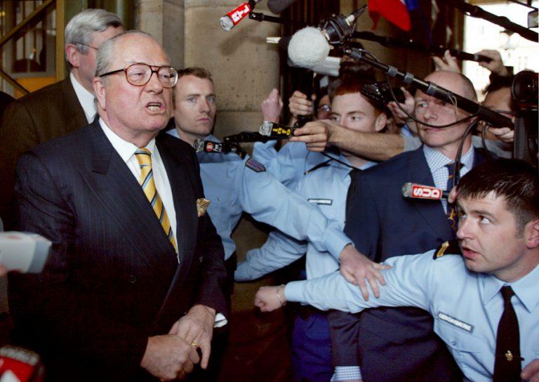 Λε Πεν αποθεώνει Μελανσόν! | Newsit.gr