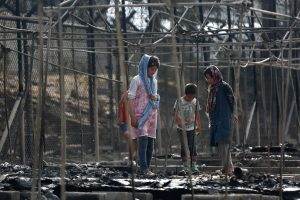 Die Zeit: Η ΕΕ έχει αφήσει ολομόναχη την Ελλάδα στο προσφυγικό