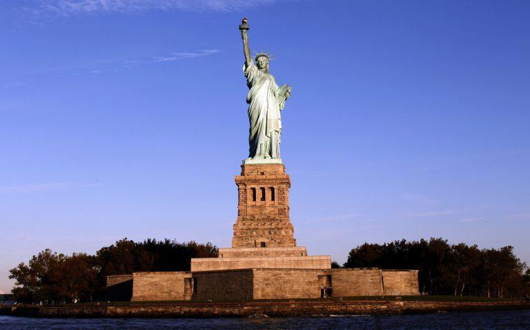 Έκλεισε τα 125 το Άγαλμα της Ελευθερίας! | Newsit.gr