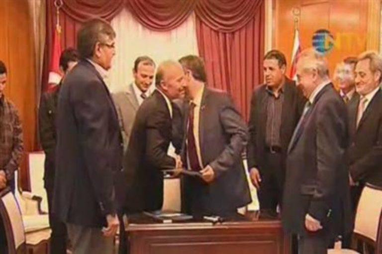 Η Λιβύη αναγνωρίζει «ντε φάκτο» το ψευδοκράτος | Newsit.gr