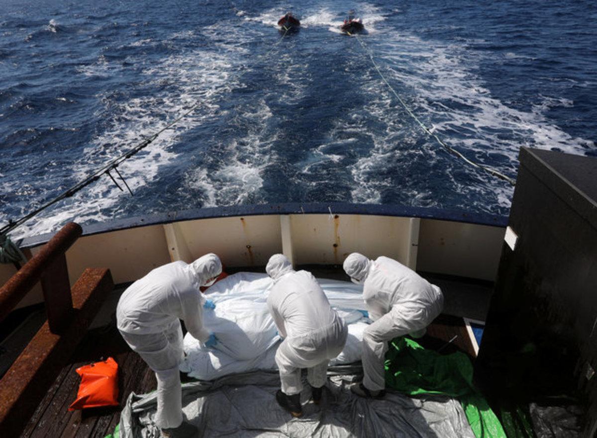 Νέο ναυάγιο στην Μεσόγειο – Αγνοούνται 100 άνθρωποι | Newsit.gr