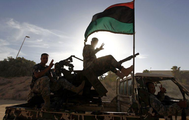 Νέες συγκρούσεις στη Λιβύη | Newsit.gr