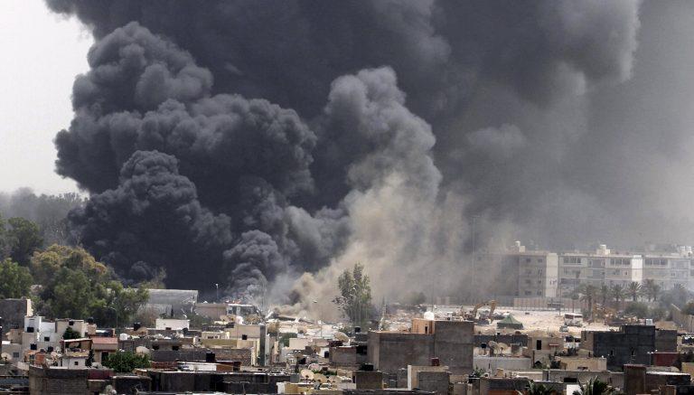 Καντάφι: «Θα πολεμήσω μέχρι τέλους» – 29 νεκροί από το σφυροκόπημα της Τρίπολης | Newsit.gr