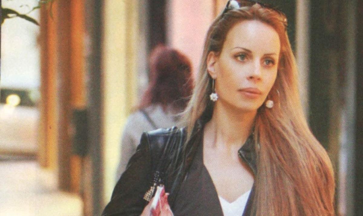 Ιωάννα Λίλη: Μεσημεριανή βόλτα για ψώνια! | Newsit.gr