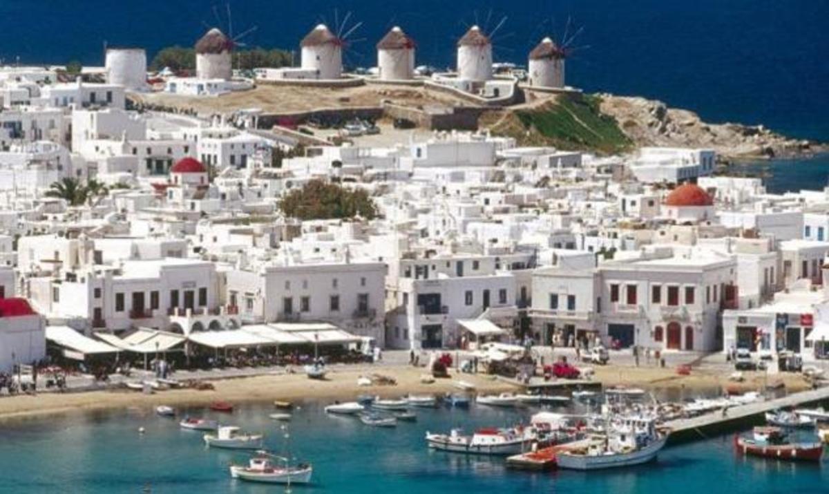 Μύκονος: Υπάλληλοι εστιατορίου αντέγραφαν πιστωτικές κάρτες πελατών! | Newsit.gr