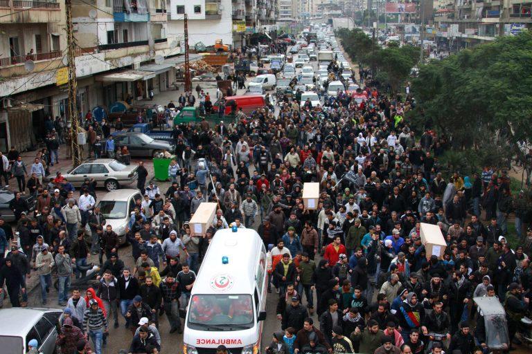 Ένοπλοι άνοιξαν πυρ εναντίον αυτοκινητοπομπής Λιβανέζου υπουργού   Newsit.gr