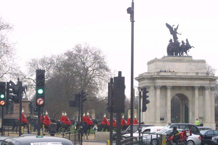 Πρωτοφανής «ομπρέλα» ασφαλείας στο Λονδίνο εν όψει Ολυμπιακών Αγώνων | Newsit.gr