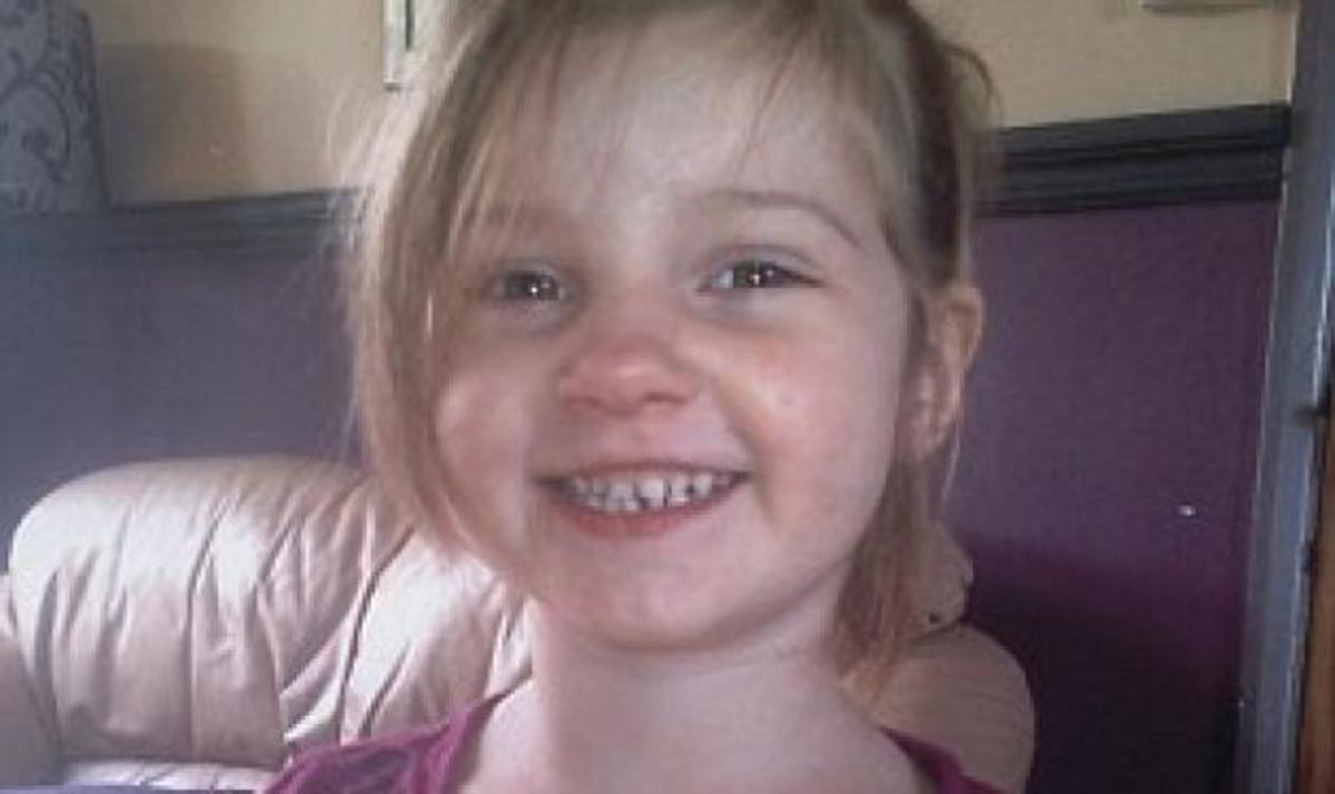 4χρονη κρεμάστηκε από την αγαπημένη της τσάντα και πέθανε καθώς υπνοβατούσε | Newsit.gr