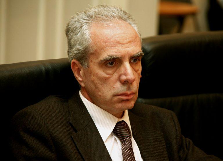Λουράντος: Δώστε τώρα τα στοιχεία των φαρμακοποιών που παρανόμησαν! | Newsit.gr