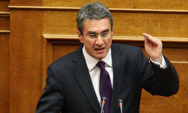 Οργή Λοβέρδου για την αδυναμία των κομμάτων να εκδώσουν κοινό πόρισμα   Newsit.gr