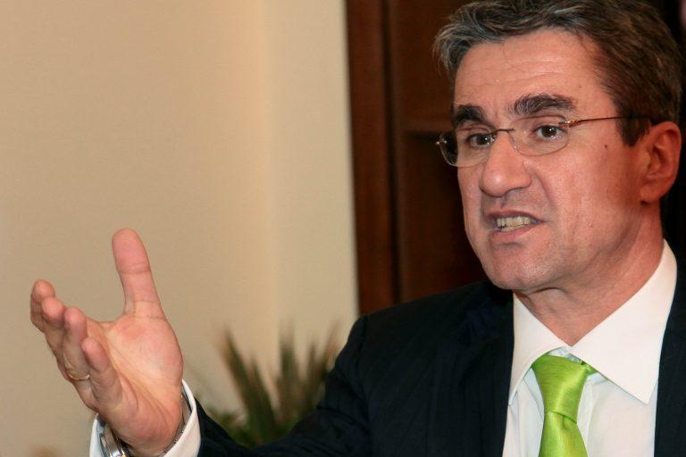 Βασική σύνταξη στα 450 ευρώ | Newsit.gr