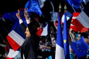 Γαλλικές εκλογές: Μακρόν… δαγκωτό! «Σίφουνας» Εμμανουέλ, 90% στις ΗΠΑ!