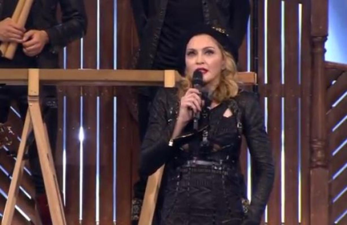Kυνική Madonna: Στην Ελλάδα δεν έχουν τίποτα να φάνε!! Δείτε το βίντεο   Newsit.gr