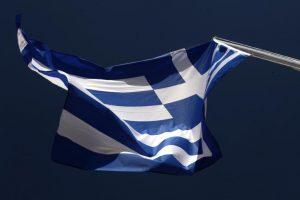Πρέβεζα: Βρήκαν τον δράστη που κατέβασε τις ελληνικές σημαίες