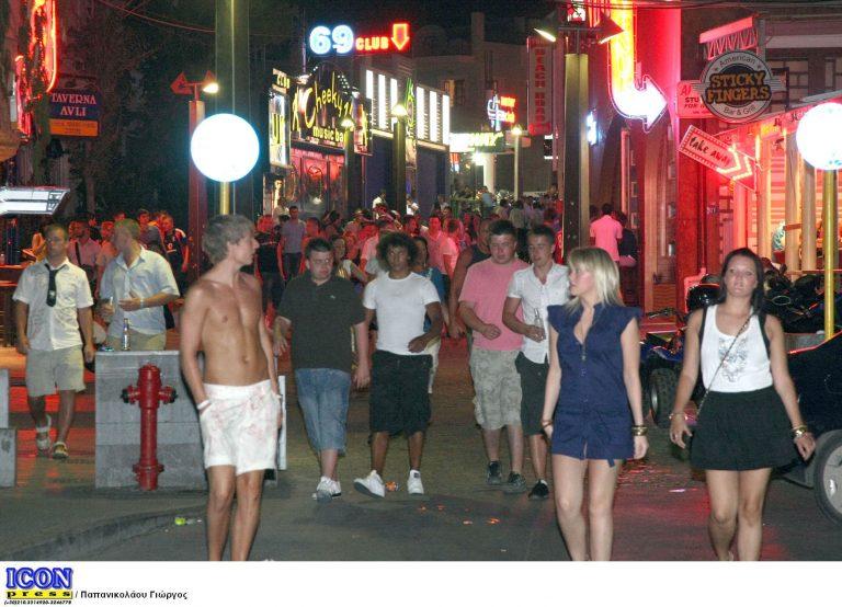 Ηράκλειο: Πήγαινε από μπαρ σε μπαρ… ολόγυμνος! | Newsit.gr