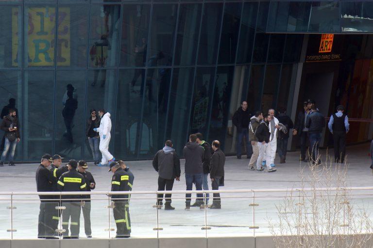 Η Χρυσή Αυγή ξέρει τους τρομοκράτες του Mall;   Newsit.gr