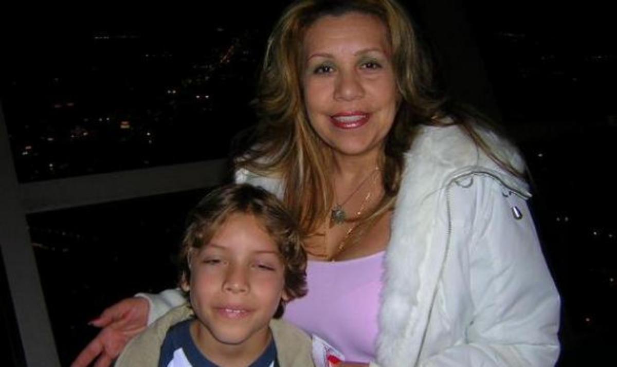 Αυτή είναι η γυναίκα και το παιδί που οδήγησαν στο διαζύγιο τον Schwarzenegger! | Newsit.gr