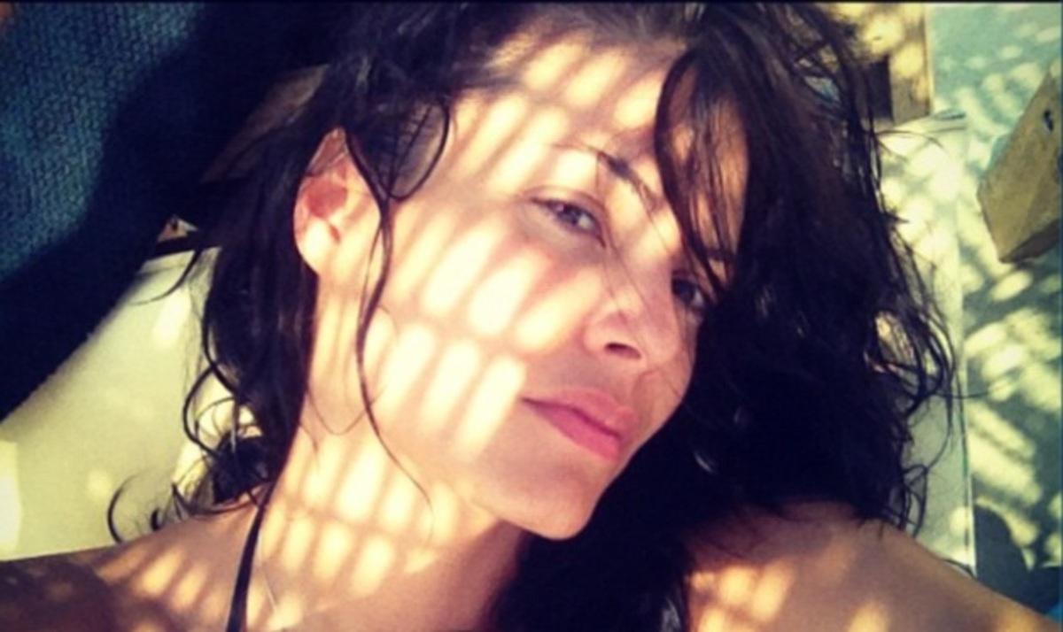Μ. Κορινθίου: Διακοπές με τους φίλους της στη Σκιάθο! Βίντεο και φωτογραφίες | Newsit.gr