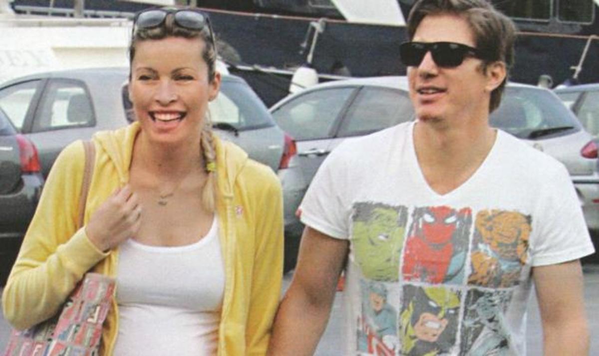 Μ. Χρουσαλά: Μετρά αντίστροφα για τον ερχομό του μωρού!  Φωτογραφίες   Newsit.gr