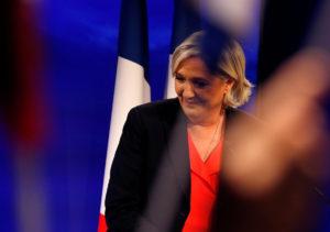 Σοκ! Η Λε Πεν αλλάζει το όνομα του κόμματός της μετά την ήττα στις εκλογές!
