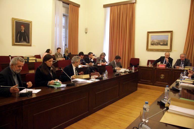 Με πρόταση μομφής απειλεί Μαρκογιαννάκη η Ζωή Κωνσταντοπούλου | Newsit.gr