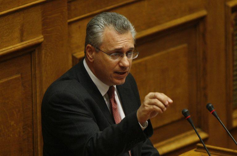 Σκληρές κουβέντες στη Βουλή για την Οικονομία | Newsit.gr