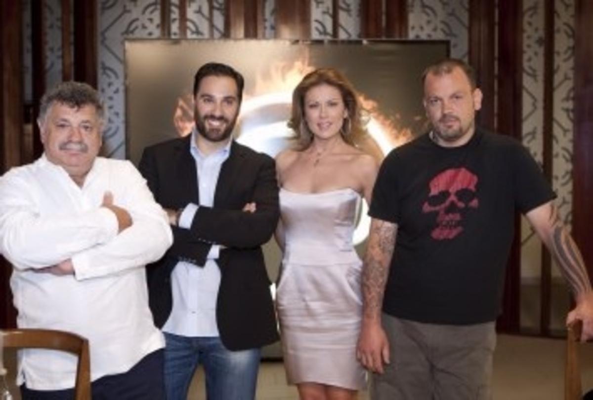 UPDATE Ποιος βγήκε πρώτος: Μανωλίδου ή Κανάκης | Newsit.gr
