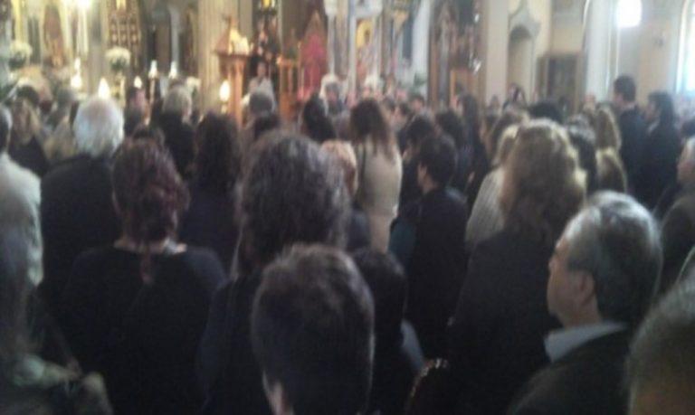 Ηράκλειο: Σε κλίμα βαθιάς οδύνης η κηδεία του Γιάννη Μεστροπιάν!   Newsit.gr