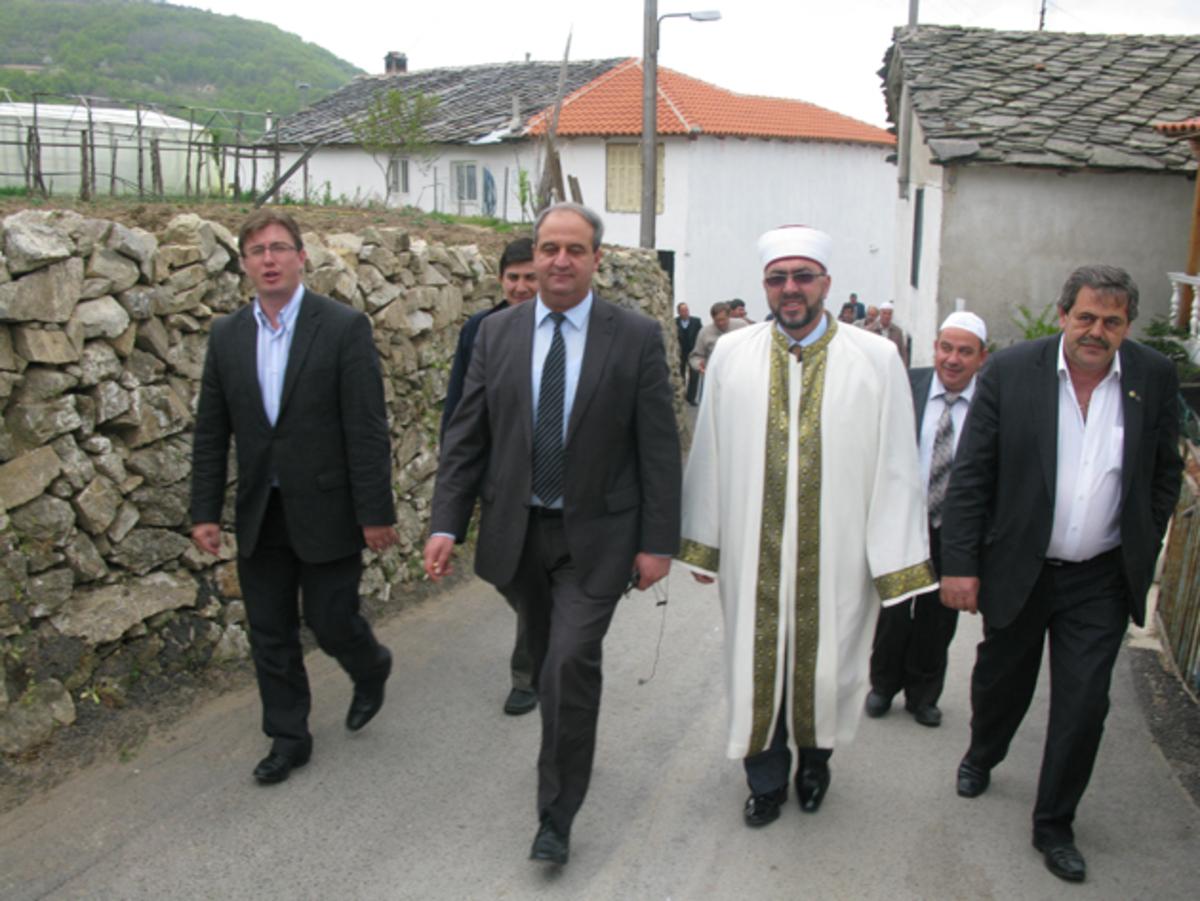 Αλωνίζει η Τουρκία στη «προεκλογική» Θράκη – Φόβοι για προβοκάτσια | Newsit.gr