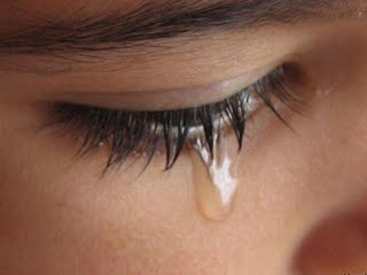 Εύβοια: »Έσβησε» στις ρόδες φορτηγού και άφησε ορφανά τα δύο παιδιά της! | Newsit.gr