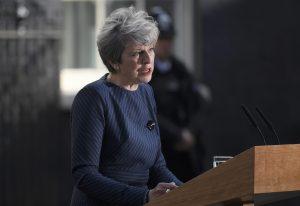 Μέι: Έκανα πεζοπορία στην Ουαλία και σκέφτηκα: Δεν κάνω εκλογές;