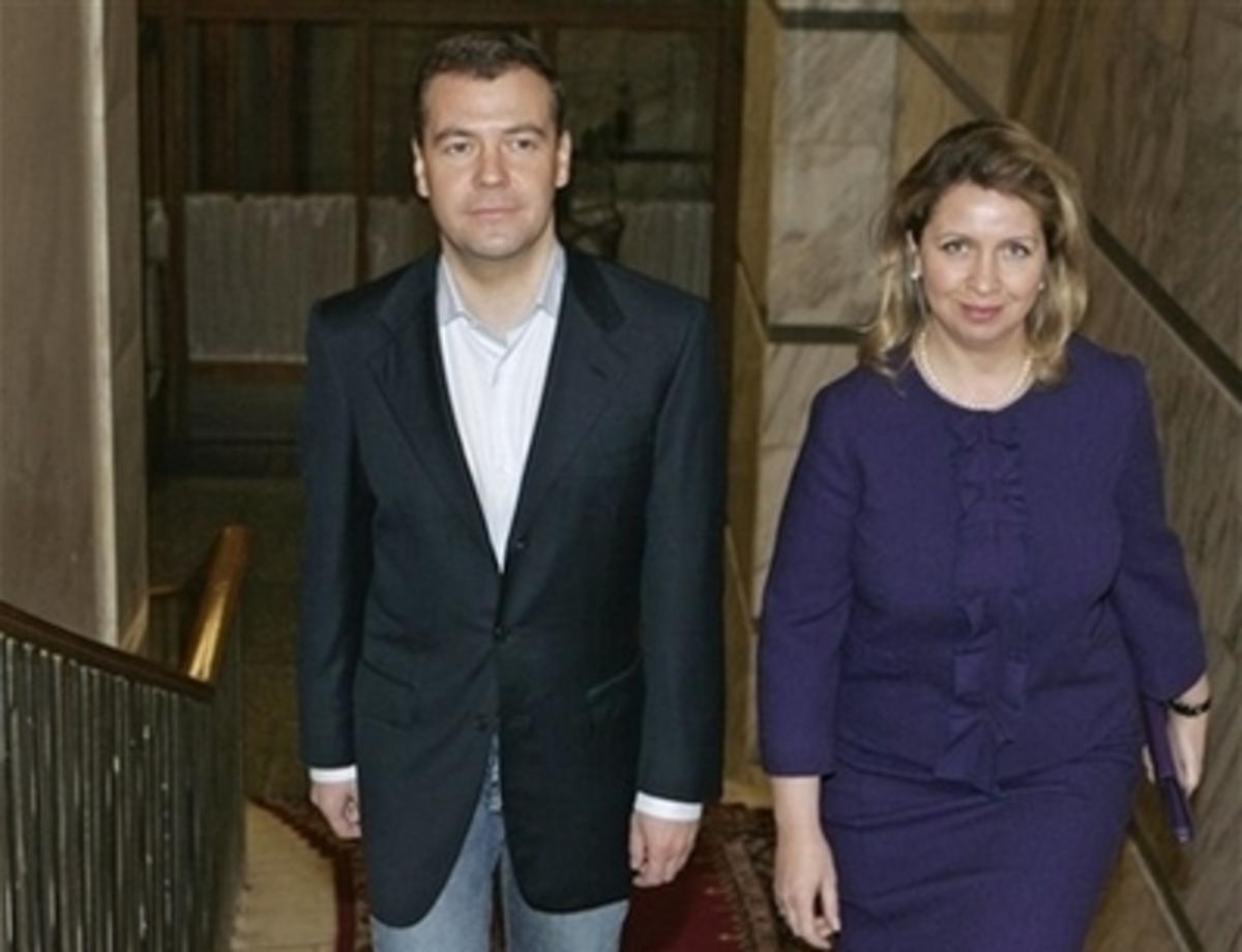 Στην Ελλάδα η γυναίκα του Μεντβέντεφ | Newsit.gr