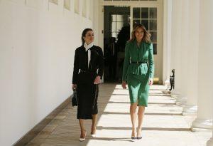 Μελάνια Τραμπ – Βασίλισσα Ράνια: Οι ωραιότερες σύζυγοι ηγετών συναντήθηκαν! [pics]