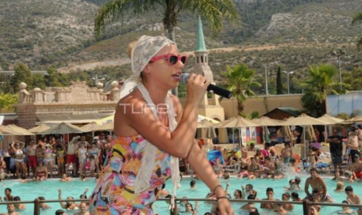 Vegas- Τσαλίκης: Ξεφάντωμα στις νεροτσουλήθρες! Φωτογραφίες | Newsit.gr