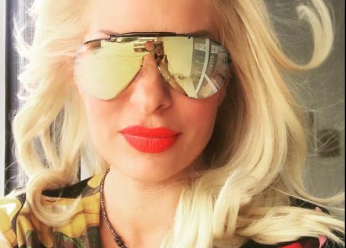 Ελένη Μενεγάκη: Ξέγνοιαστες στιγμές σε παιδικό πάρτι! | Newsit.gr