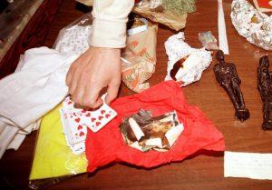 Φλώρινα: Απατεώνας «πνευματιστής» πήρε από 38χρονη 95.000 ευρώ!